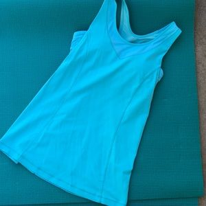 Lululemon Built in Bra Tank Size 4